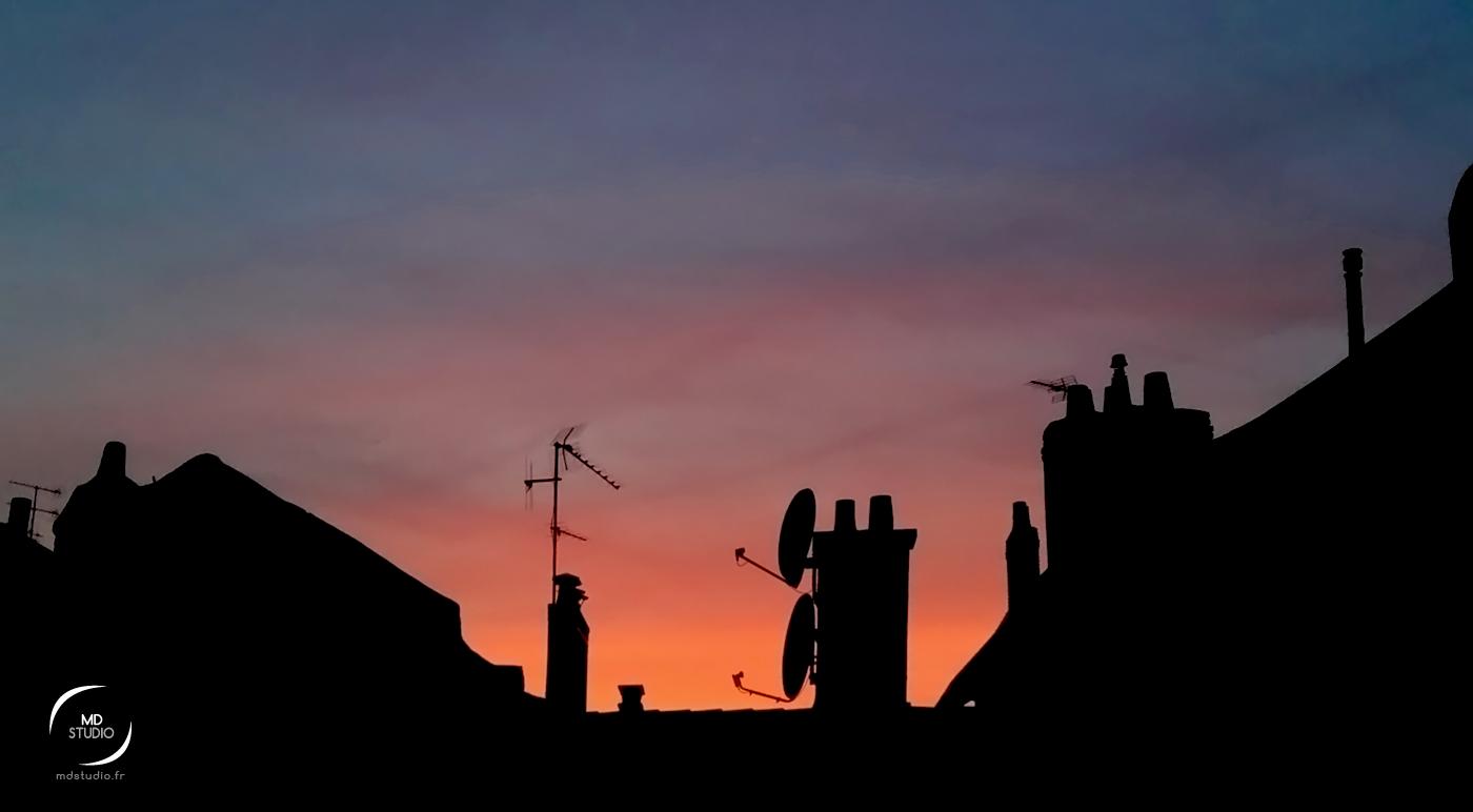 Un soir en novembre | Crépuscule sur les toits