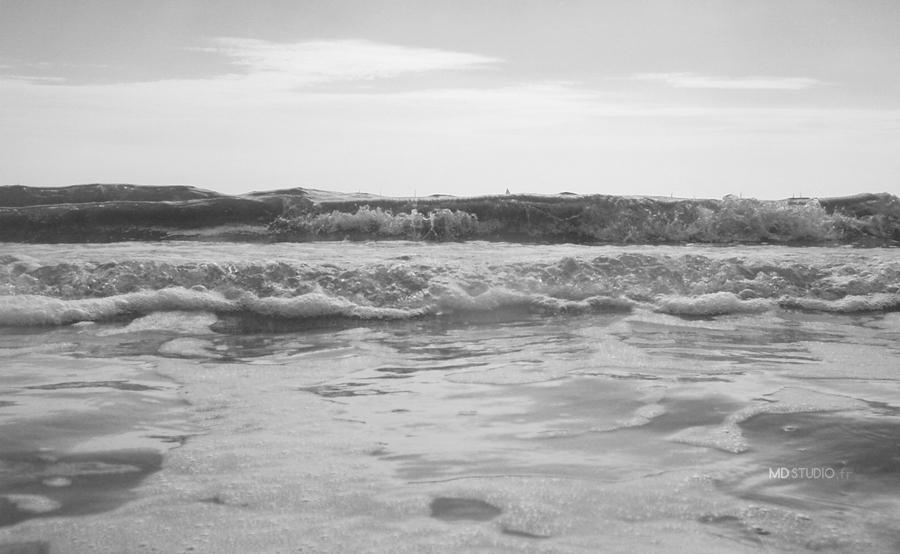 écume de vague et rouleau, en gros plan