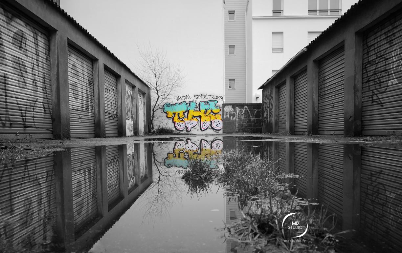 expérimentations | graff en couleur, gris de rigueur | MDstudio