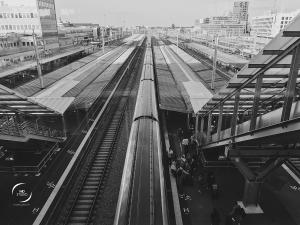 voie 4, TGV en gare de Nantes vu de la passerelle | photo MD studio